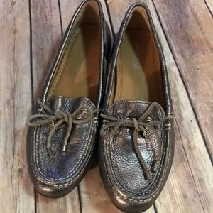 Gray metallic sperry leather shoes - size 6